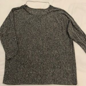 Gray white 3/4 sleeve casual top